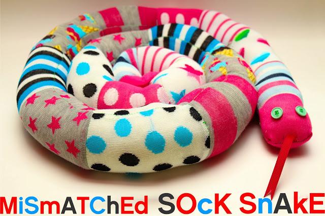 11-11-diy-adorable-sock-toys