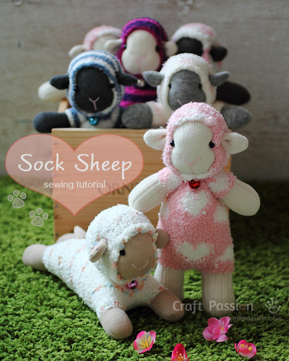 11-3-diy-adorable-sock-toys