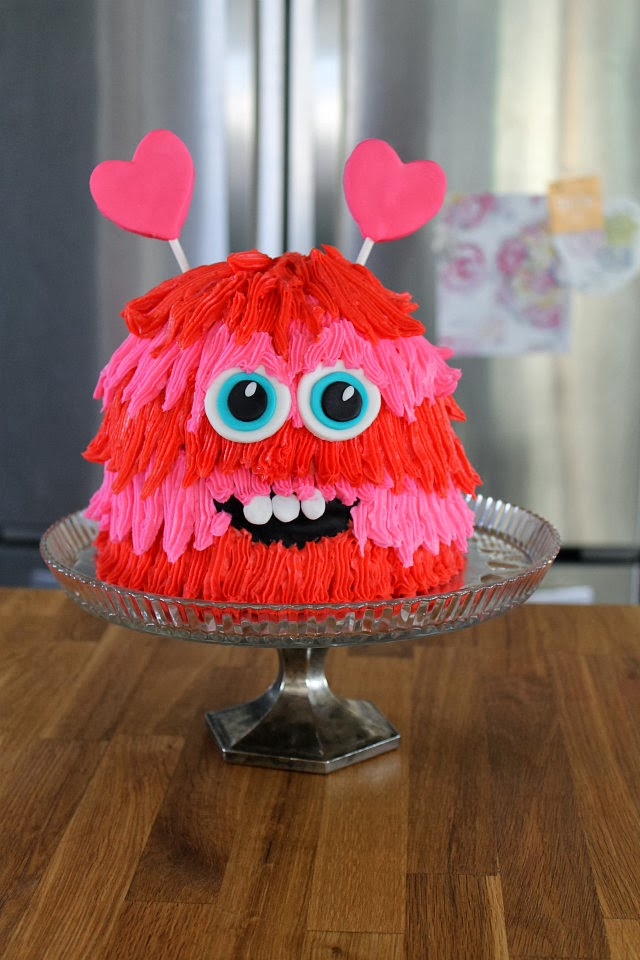 2-5-easy-monster-cakes-for-toddlers-diythought
