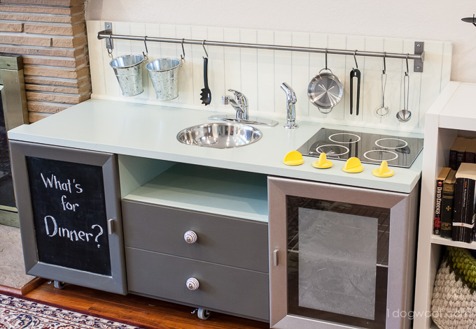 4-4-play-kitchens
