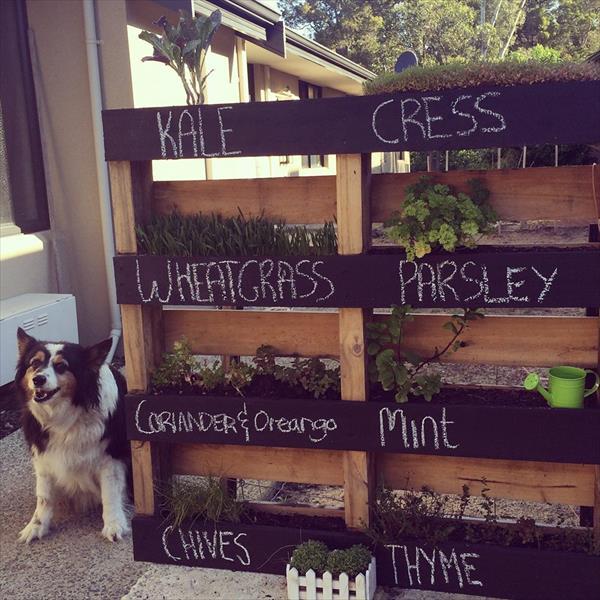 6-7-unique-diy-garden-planter-boxes