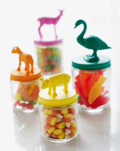 2-5-plastic-animal-crafts