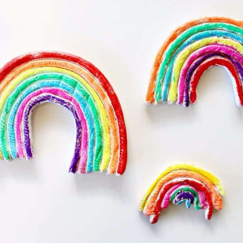 10 fun rainbow crafts