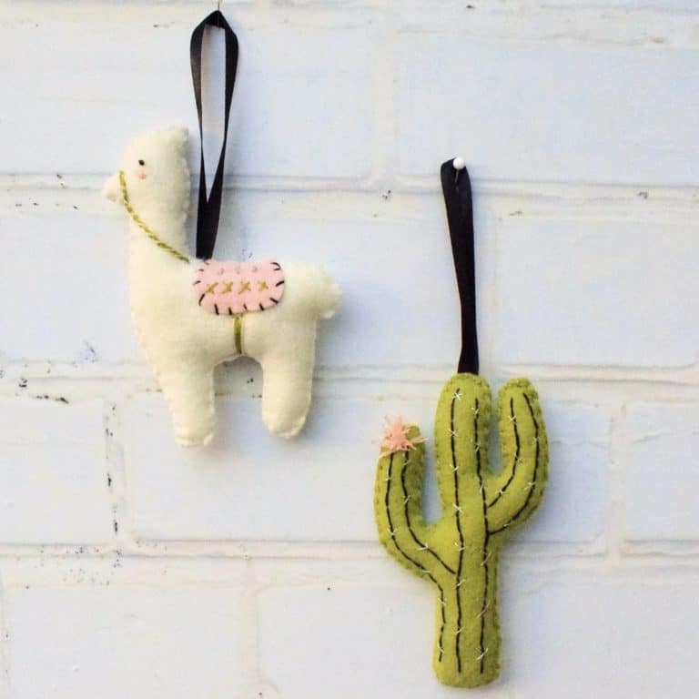 felt llama and cactus pattern free