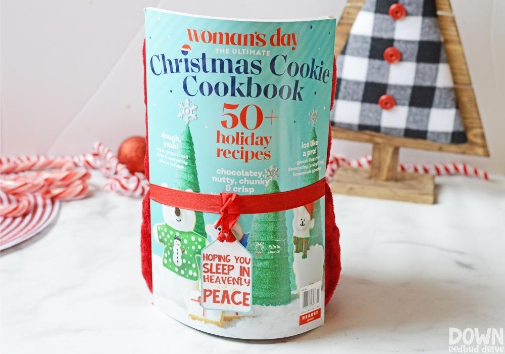 sleep gift. 30+ Ultimate DIY Christmas Teacher Gifts