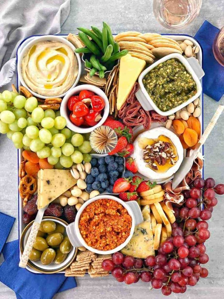14 Creative Charcuterie/ Grazing Boards. Top Tips.