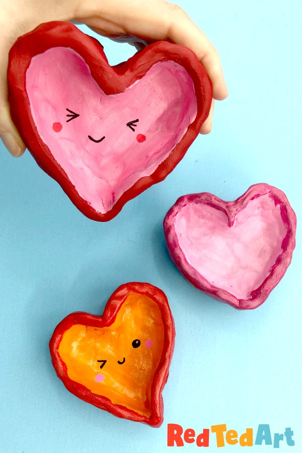 DIY Gifts For Mother's Day- heart pots
