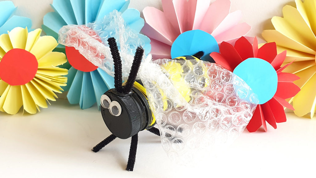 Crafty days in August- honey bee day